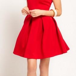 Geniş Pileli Kırmızı Yazlık Elbise Modelleri