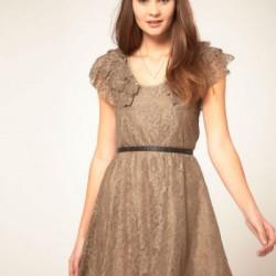 Krem Renkli Dantelli Elbise Modelleri