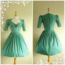 Kareli Vintage Elbise Modelleri