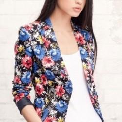 Koyu Tonlarda Çiçek Desenli Ceket Modelleri