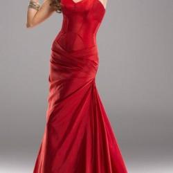 Straplez Zarif Kırmızı Balo Elbisesi Modelleri