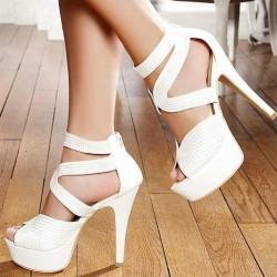 Yüksek Topuklu Beyaz Ayakkabı Modelleri