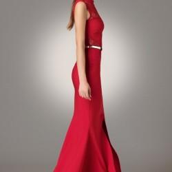 Kırmızı Kolsuz Modagram Elbise Modelleri