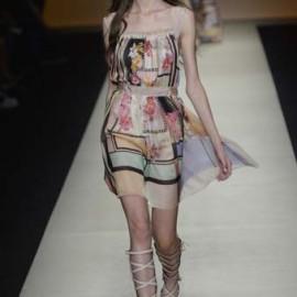 Alberta Ferretti - Runway RTW - Spring 2015 - Milan Fashion Week