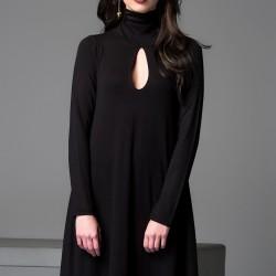 Dekolteli Elbise Siyah Kıyafet Modelleri