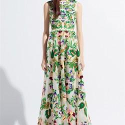 Çiçek Desenli Kolsuz Yeni Sezon Bayramlık Elbise Modelleri