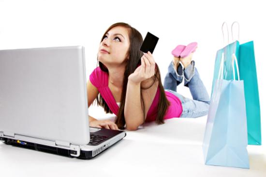 İnternetten Abiye Satın Alırken Dikkat Edilmesi Gerekenler