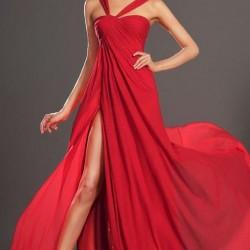 Kırmızı Yeni Sezon Yırtmaçlı Abiye Modelleri