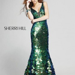 Payetli Zümrüt Yeşili Sherri Hill Abiye Modelleri