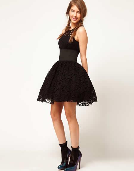 32f99bc3a9a77 Prenses Stili Siyah Yeni Sezon Mezuniyet Elbise Modelleri »