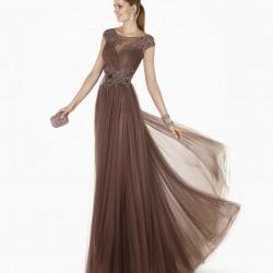 Tül Detaylı Toprak Rengi Elbise Modelleri