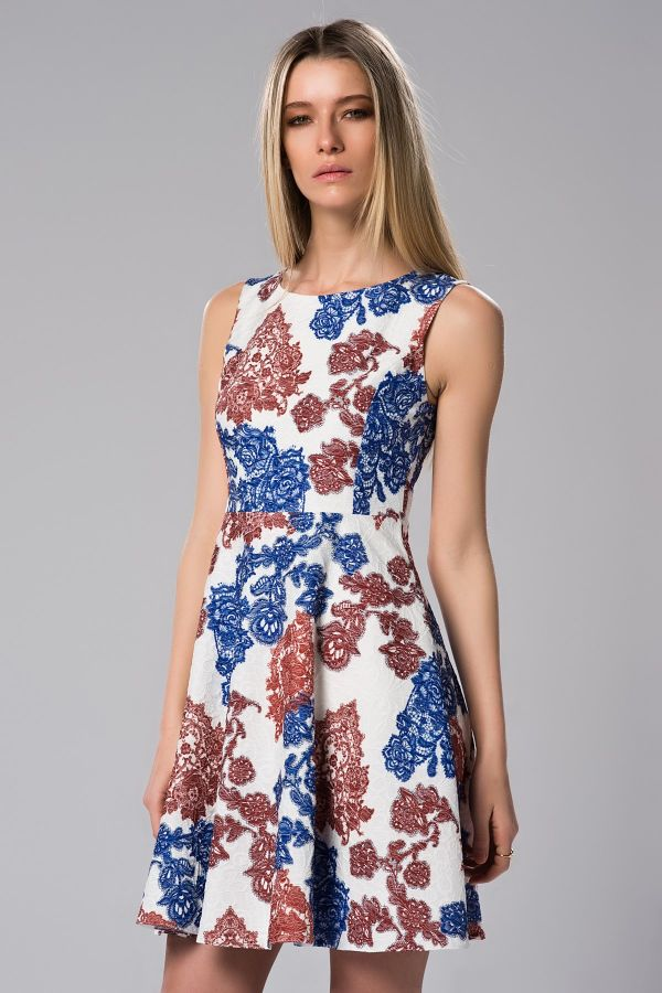 Çiçek Desenli Jakarlı Elbise Modelleri