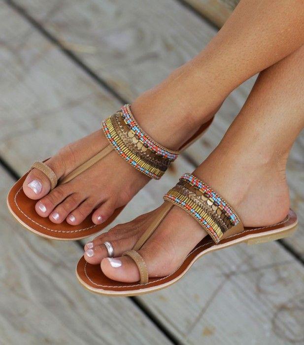 Boncuklu ve Taşlı Sandalet Modelleri
