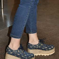Lacivert Desenli Yazlık Dolgu Topuk Ayakkabı Modelleri