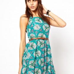 Mavi Yazlık Çiçekli Elbise Modelleri