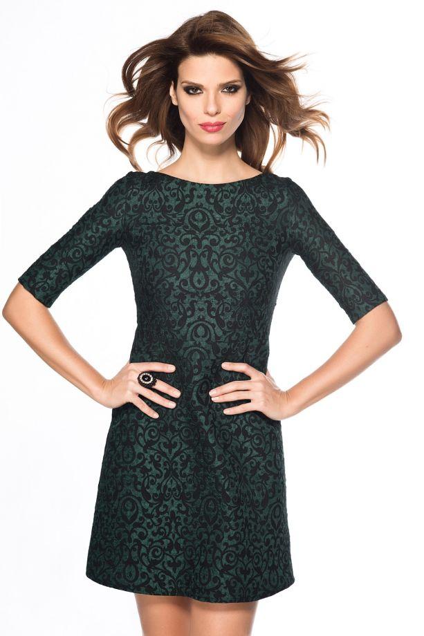 Zümrüt Yeşili Jakarlı Elbise Modelleri