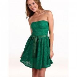 Dantel Detaylı Yeşil Straplez Elbise Modelleri