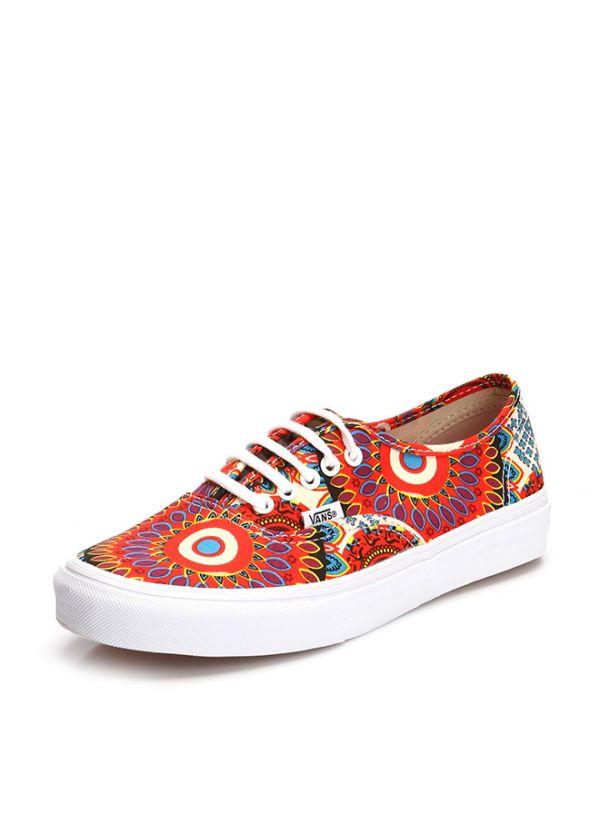 Desenli Vans Ayakkabı Modelleri