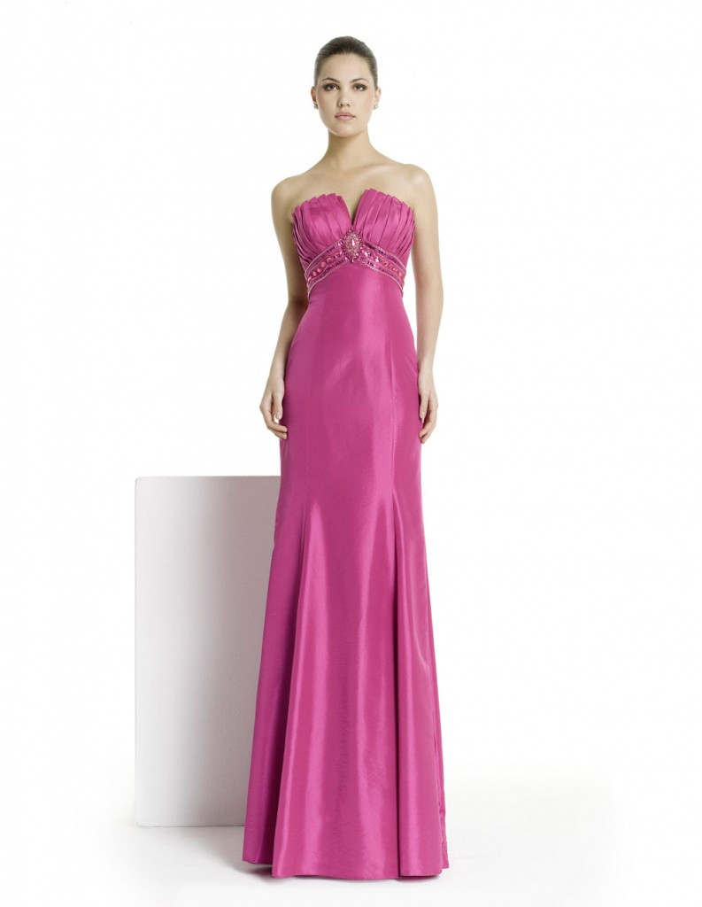 2c65103467275 Pembe Uzun Straplez Elbise Modelleri