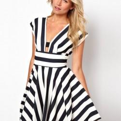 Dekolteli 2015 Çizgili Elbise Modelleri