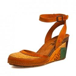 Dolgu Topuk Etnik Desenli Ayakkabı Modelleri
