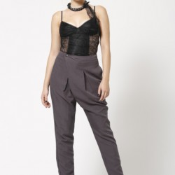 En Tarz Pileli Pantolon Modelleri