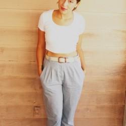 En Yeni Pileli Pantolon Modelleri