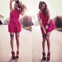 Pembe Renk Elbise Kombinleri