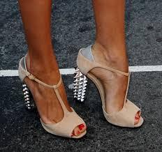 Topukları zımbalı ayakkabı modelleri