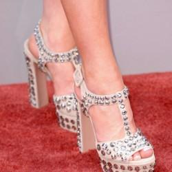Yüksek topuklu zımbalı ayakkabı modelleri