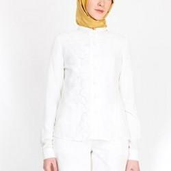 Beyaz renkli çok şık Armine gömlek modeli 2015