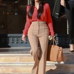 Dünya Starları Kim Kardashian Yüksek Bel Bol Paça Pantolon Kombini