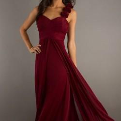 Uçuşan Kumaşlı Bordo Renkli Abiye Elbise Modelleri