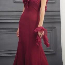 Yeni Sezon Bordo Renkli Abiye Elbise Modelleri