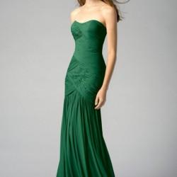 Pileli Etekli Zümrüt Yeşili Elbise Modeli