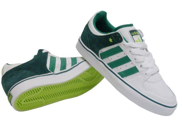 Yeni Sezon Adidas Düz Taban Ayakkabı Modelleri