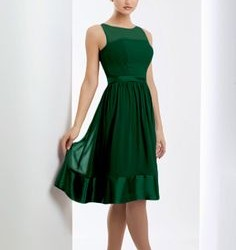 Zümrüt Yeşili Midi Elbise Modeli