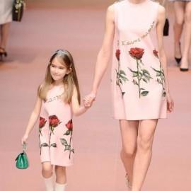 En Moda Anne Kız Elbise Modelleri