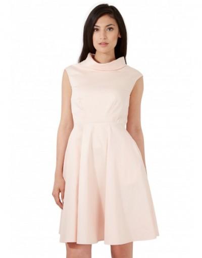 En Yeni Pembe Renkli Kloş Elbise Modeli