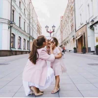 Uyumlu Anne Kız Elbise Seçimi