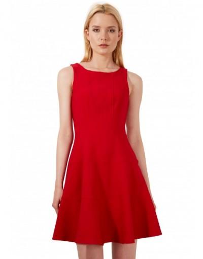 Yeni Sezon Kırmızı Renkli Kloş Elbise Modeli