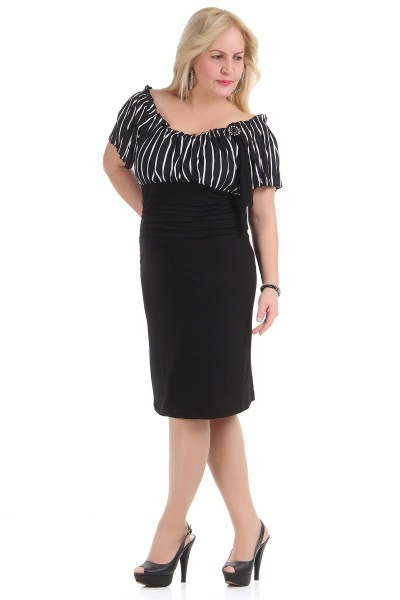 Kayık Yaka Büyük Beden Elbise Modeli