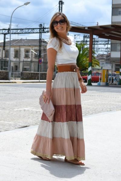 Sokak Modasıdan Öne Çıkan Uzun Etek Kombinleri