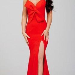 En İddialı Kırmızı Renkli Derin Yırtmaçlı Askılı Abiye Modelleri 2016