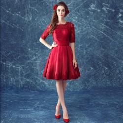Yeni Sezon Kırmızı Renkli En İddialı Vintage Elbise Modelleri 2016