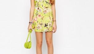 Çiçek Desenli Çok Şık 18 Yaş Bayan Elbise Modelleri