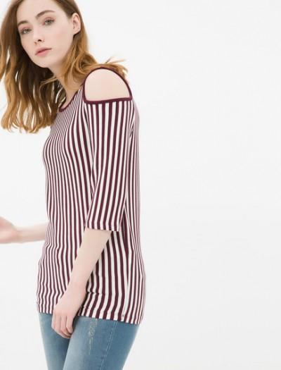 Bordo Çizgili Omzu açık Koton Bayan Tişört Modeli