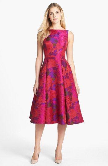 En Güzel Midi Kloş Elbise Modelleri