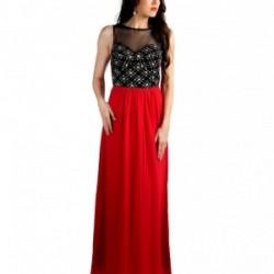 Kırmızı Siyah Kıyafetlerde Siyah Tül Detayların Tercihi Bayanları Oldukça Güzel Göstermekte