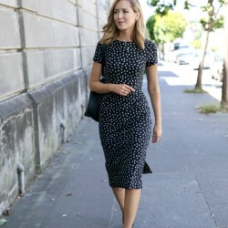 Puantiye Detaylı Sokak Modası Kısa Kollu Yazlık Elbise Modelleri 2016